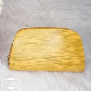 •Authentic LV Dauphine Cosmetic Pouch•